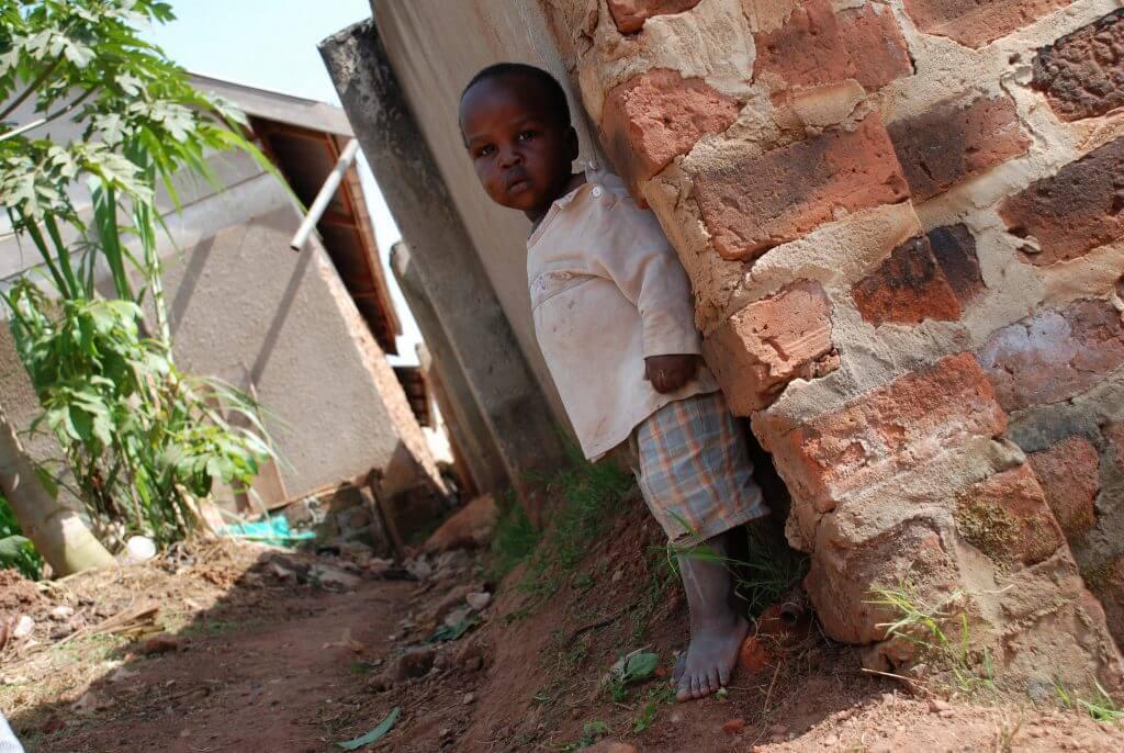 エイズ孤児NGO・PLAS
